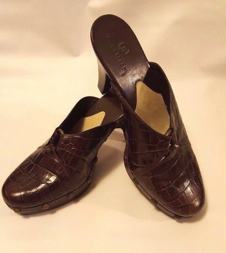 Woman's Cole Haan Brown Alligator Mule Heels Pumps Rivet Head 8 1/2 B #