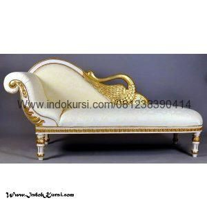 Model Sofa Santai Angsa Cat Gold