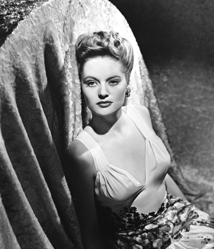 8x10 Print Alexis Smith Beautiful Fashion Portrait 3160 | eBay