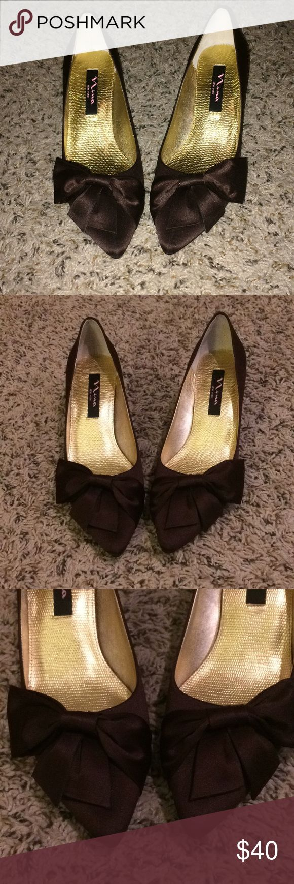 NEW Nina Paladin Chocolate Kitten Heels 7.5 Never worn, perfect condition! Kitten heel with bow detail and pointed toe Chocolate brown Comes with dust bag but no box 7.5 True to size Nina Shoes Heels