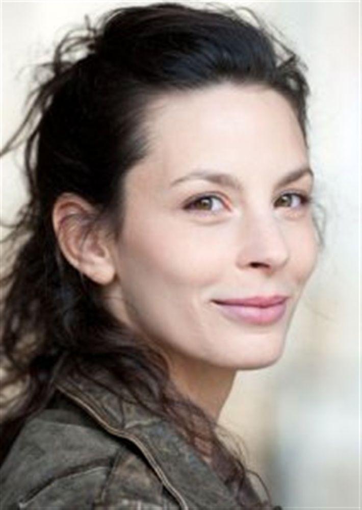 Raphaëlle MISRAHI- Fiche Artiste  - Artiste interprète - AgencesArtistiques.com : la plateforme des agences artistiques