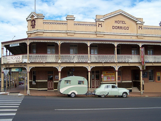 Hotel Dorrigo NSW by Vintage Caravans, via Flickr