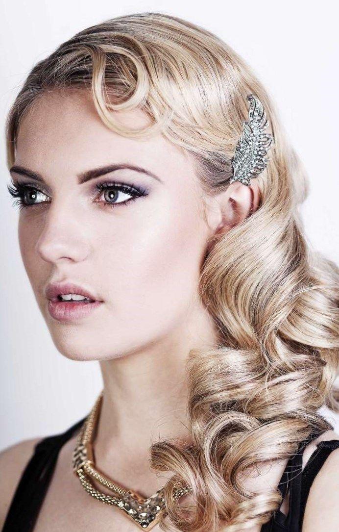 Frisur Der 20er Jahre Wasserwelle Vintage Hairstyling 20er Jahre Frisur Lange Haare Wasserwelle Haare