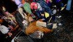 Is Aalst Carnaval een Bal Marginal met drank en drugs? Onze (nuchtere) reporter dook in het spoor van enkele uitzinnige jongeren de nacht in