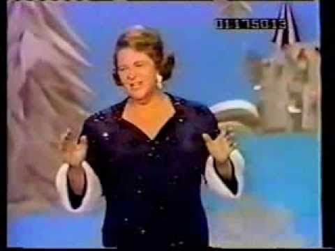Kate Smith: Christmas Eve in My Home Town (In Color!) - YouTube