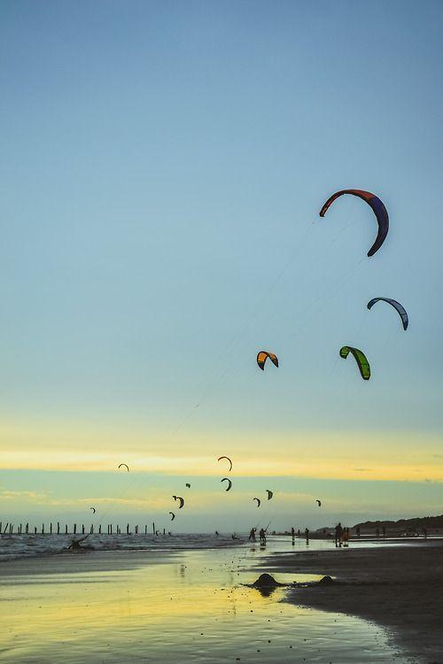 #kitesurfing ©Matialonsor http://www.centroreservas.com/