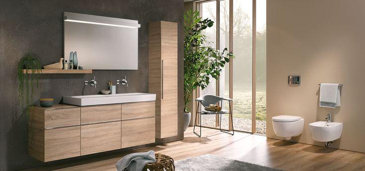 Prachtig houtkleurig badkamermeubel van Sphinx 345 serie.