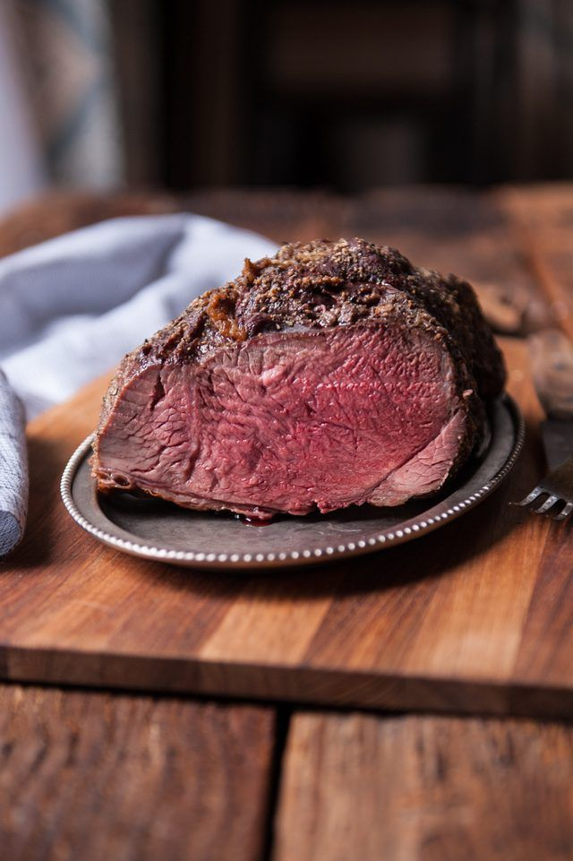 A simple and easy step by step recipe for making a delicious and perfectly cooked ribeye roast, with photos.