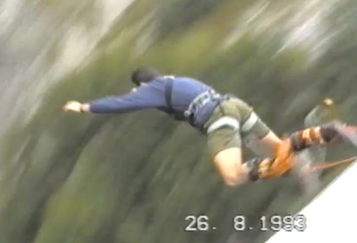 Bungee Jumping a Pont de Ponsonnas nel 1993. Long time ago...