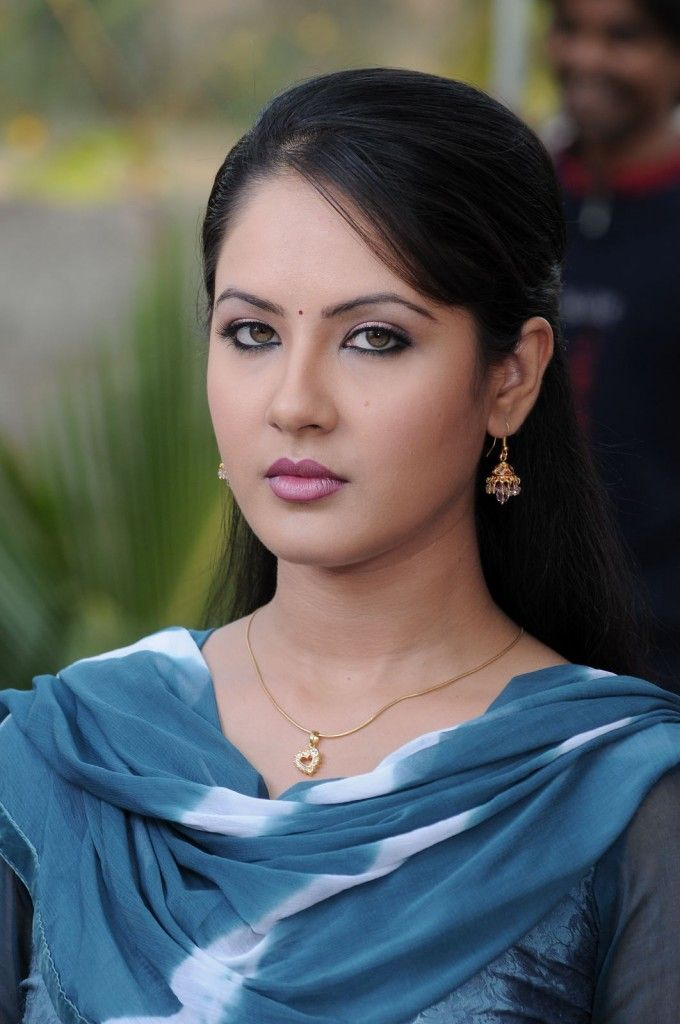 Pooja Bose Sexy Wallpaper