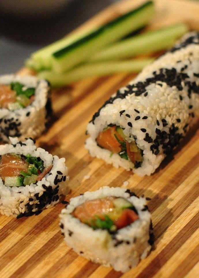 Nie ma nic lepszego niż sushi domowej roboty 🍣🍚