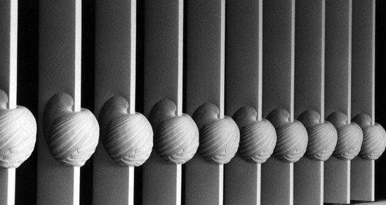 sculptures-textile-de-Simone-Pheulpin-11.jpg 550×293 pixels