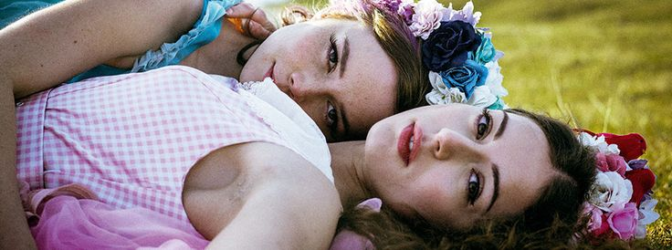 The story of Young Sophie Bell is said to be filled with suspense, emotion and food for thought. Check out the full film review here: http://indulgemagazine.net/film-review-young-sophie-bell/
