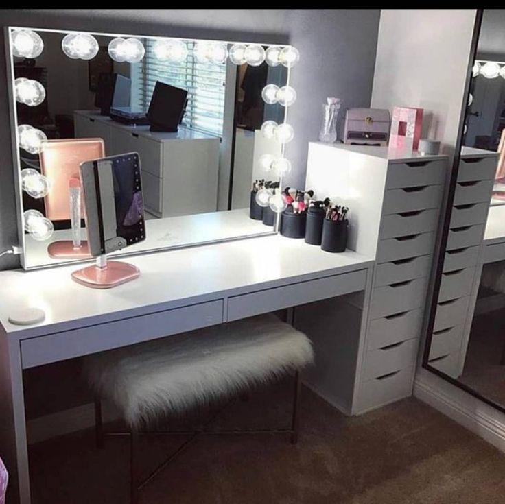Makeup Studio decor ideas | Комната для макияжа, Столик ... on Makeup Room Design  id=96944