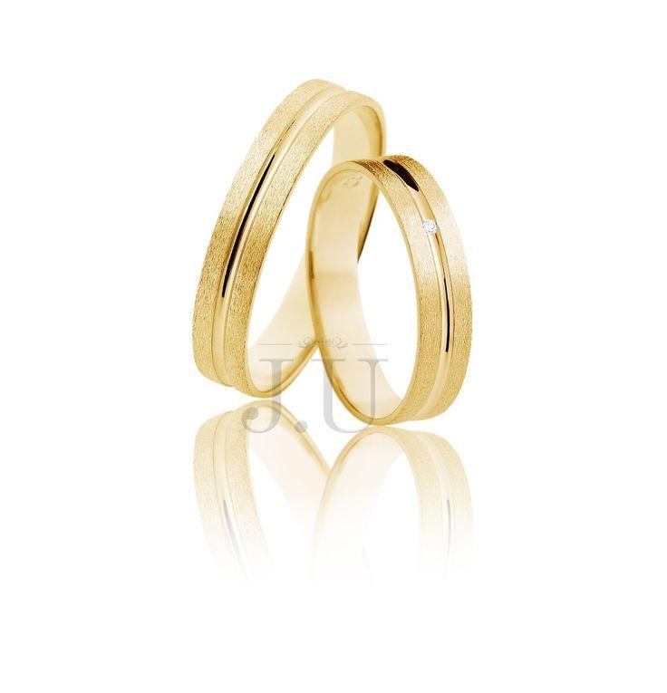 alianças de casamento quadrada