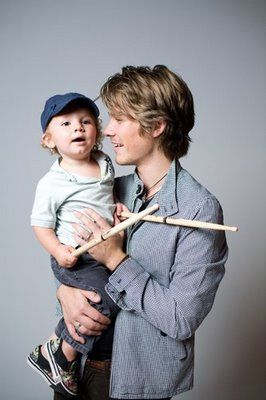 taylor hanson family pictures | Le blog d'eamimi » Blog Archive » taylor_hanson_family
