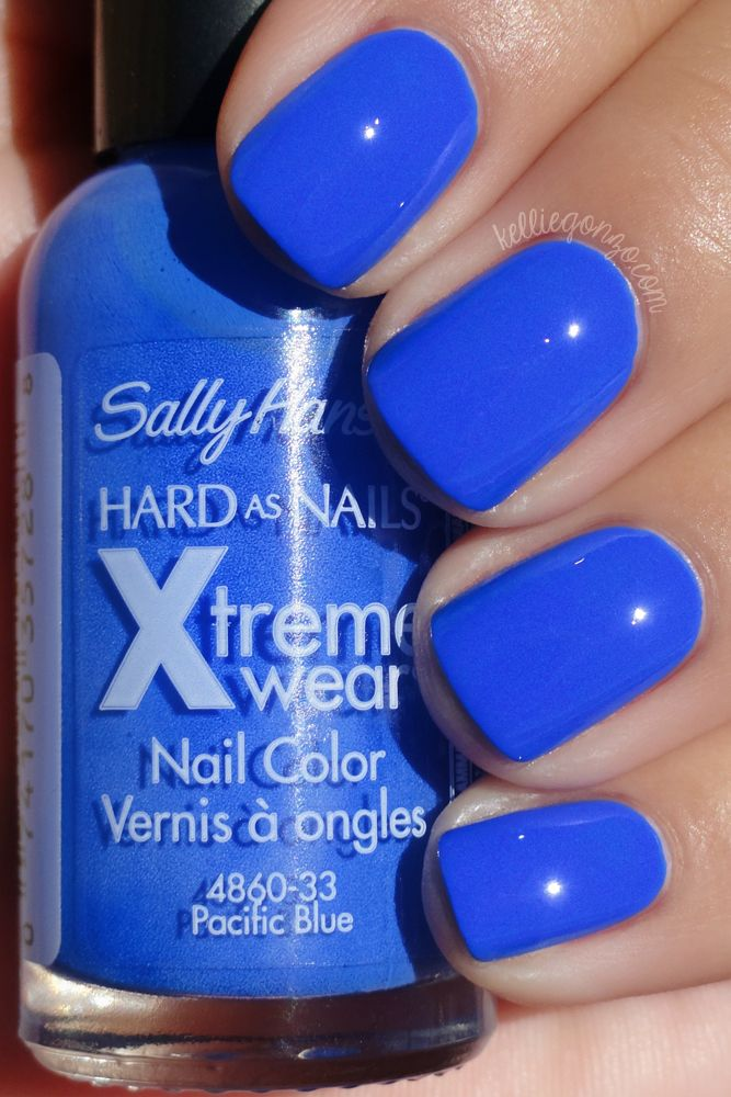 Sally Hansen - Pacific Blue // So sad that they reformulated and changed the color )-: