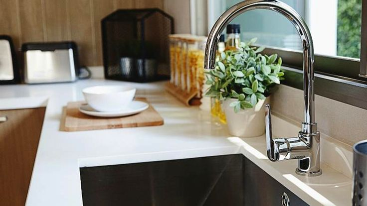KOUKOUZELIS Blog: Το κολπο για να καθαρισετε τον νεροχυτη της κουζιν...