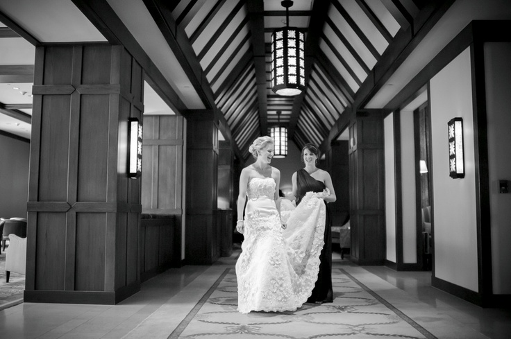 I love the ceilings inside the Four Seasons in Vail - makes for a dramatic walk down the hall. www.dreamtimeimages.com www.idoweddingservices.com @Four Seasons Resort Vail