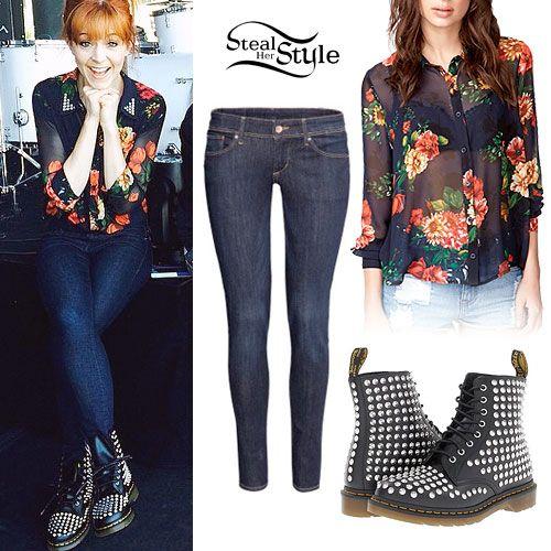 Lindsey Stirling: Floral Blouse, Studded Boots