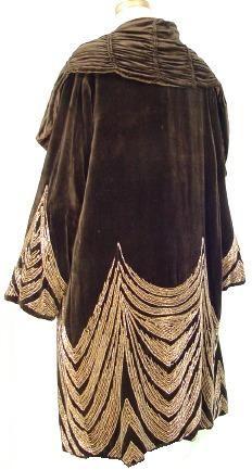 c. 1920's MADE IN FRANCE - Rue de la Paix Black Velvet Beaded Art Deco Coat