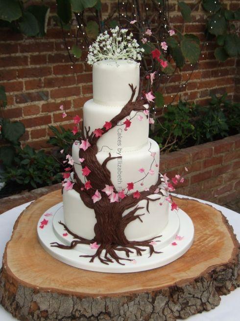 Beautiful Wedding cake by Elizabeth Finch, based in Surrey.