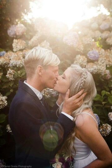 #silver #hair #bride #wedding #garden #husband #youngandmarried #love