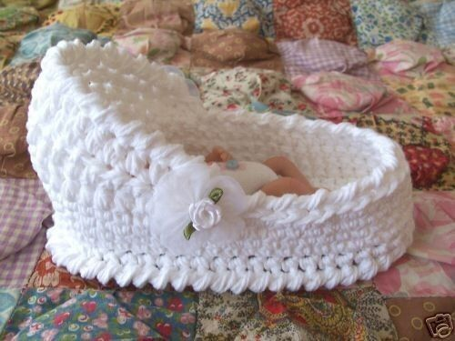 7 and one half inch ooak crochet bassinet for a girl or boy doll love this can anyone please share the pattern please just mail to my e mail, aaltje.gawlik@gmail.com
