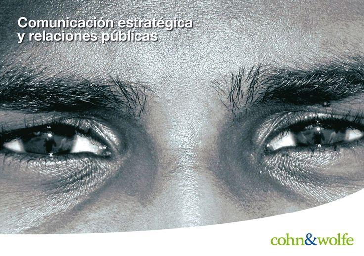 Diseño desplegable agencia global de Comunicación y Relaciones Públicas.
