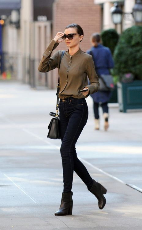 Miranda Kerr, simple, understated and stylish