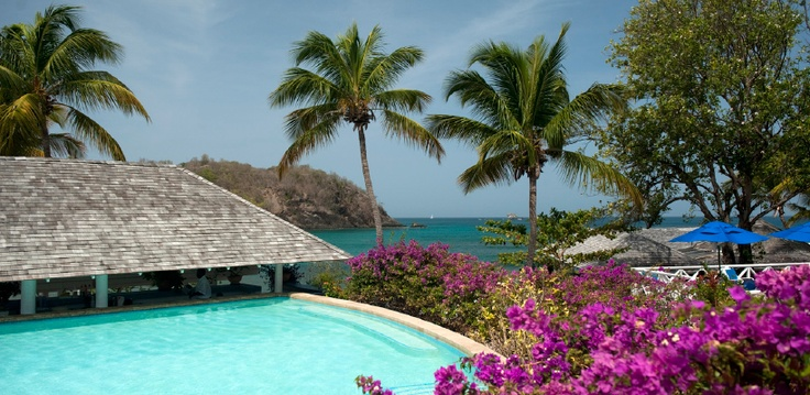 Smugglers Cove Resort & Spa St. Lucia #pool bar been there done that;)