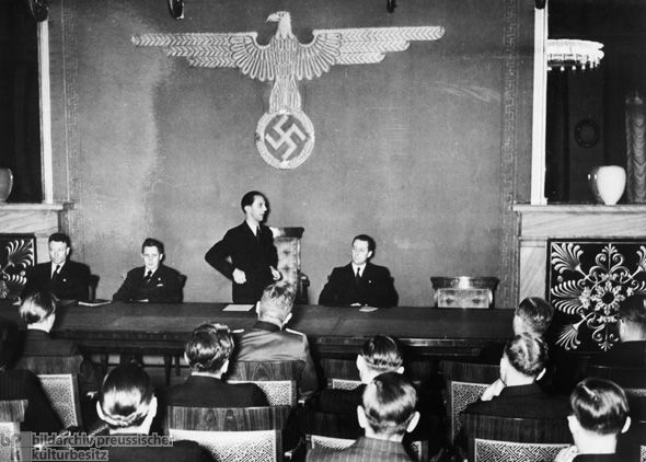The press was one of the Nazi regime's most important propaganda tools. In 1933, Goebbels's propaganda ministry assumed control over the content and style of the entire newspaper industry by holding daily press conferences. What these conferences actually did was allow for pre-censorship. Journalists who failed to bring their reporting into line with official demands were threatened with banishment from the profession and persecution.