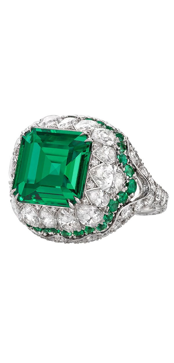 This majestic Zambian emerald weighs 4.31 carats and displays excellent color and clarity ~ M.S. Rau Antiques