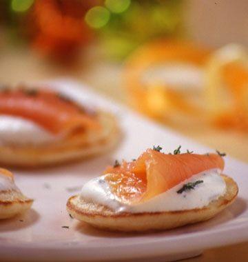 Blinis au saumon fumé - Ôdélices : Recettes de cuisine faciles et originales !