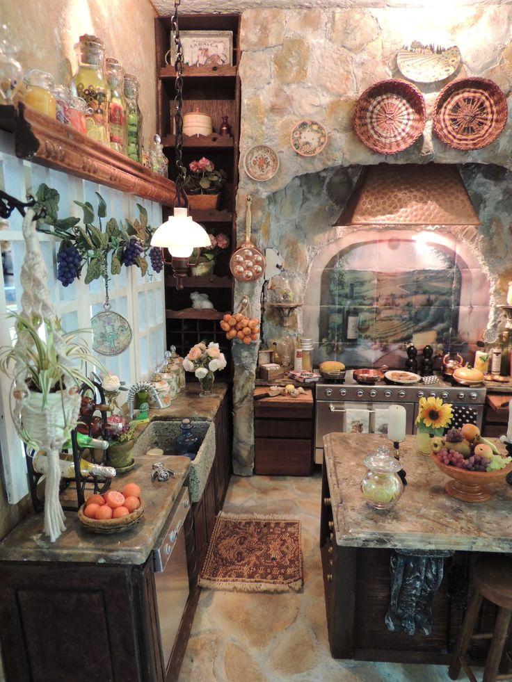 Kammys Creations.....My Miniature Tuscan Kitchen Roombox 1:12