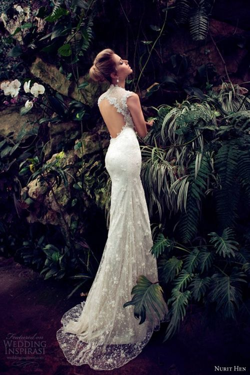 Nurit Hen Wedding Dresses 2013 continued Mermaid tail is going to be a MUST for my dress :)