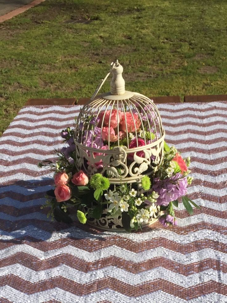 Chevron with birdcage floral centrepiece. Totally in LOVE with this one!