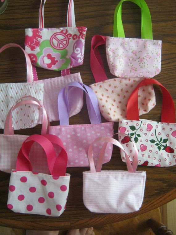 American Girl Party Favors 10 pink purses for 18 by babychickie, $15.00