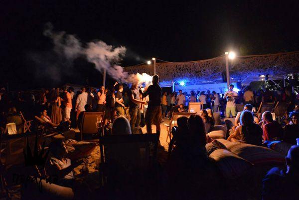 BLOG ON - best beachse in Halkidiki Agios ioannis beach Paraga  by night