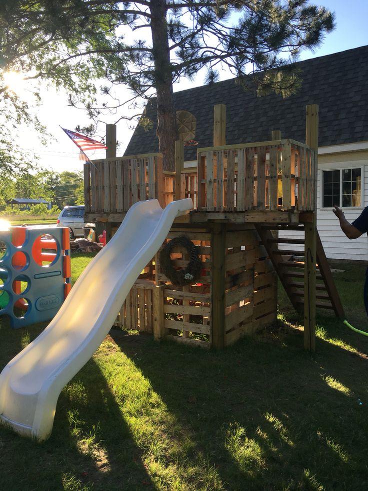 Pallet Fort Playground