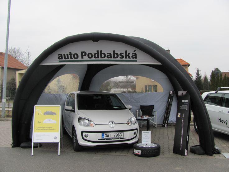 Auto Podbabska | X-GLOO 5x5 with Window Walls, Canopy and Canopy Banner