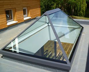 Sunsquare Pyramid Skylights - the newly developed Skylight is an architecturally beautiful and contemporary roof window, with its new 30º pitch and single panes designed to maximise the amount of light filtering through to your property...x