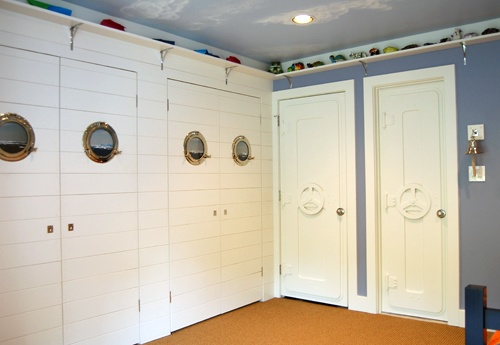 The 'Sailor' room, complete with portholes...