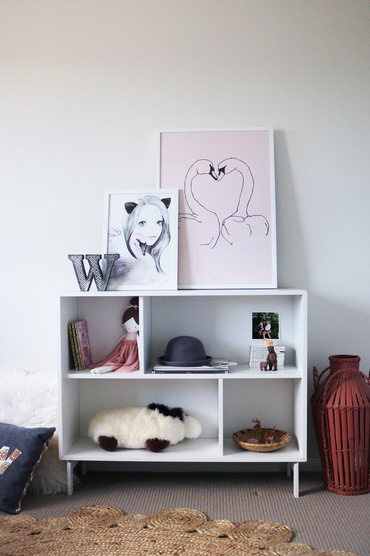swan/ballet themed little girls room - www.blossomandboheme.com