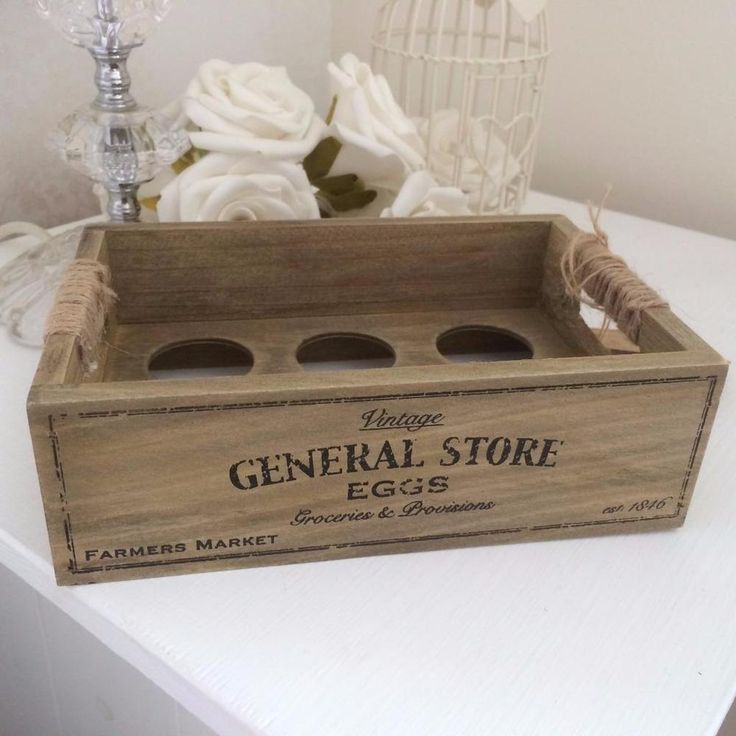 SHABBY COUNTRY STYLE CHIC WOODEN EGG HOLDER CRATE TRAY