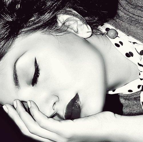 .: Hair Beautiful, Sleep Beautiful, Beauty Hair Makeup, Beautiful Hair Makeup, Eyeliner, Cat Eye, Eye Liner, Hair Makeup Beautiful, Bold Lips