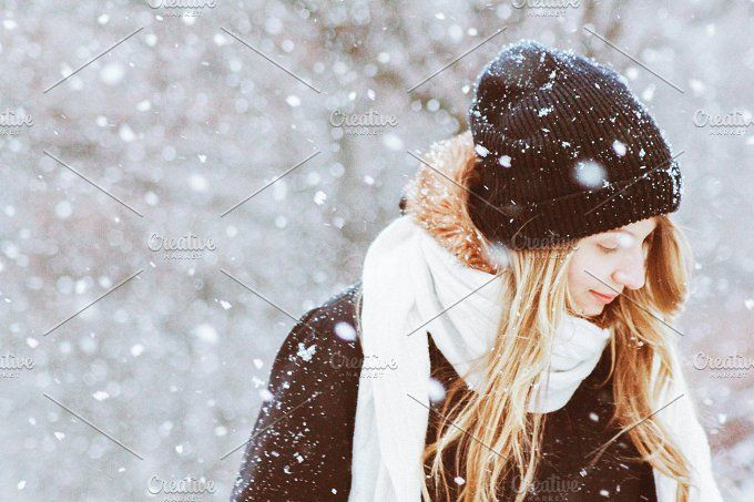 snow winter portrait by N E O N E A | People Photography | Winter Photos | Senior Photography | Fashion Photography