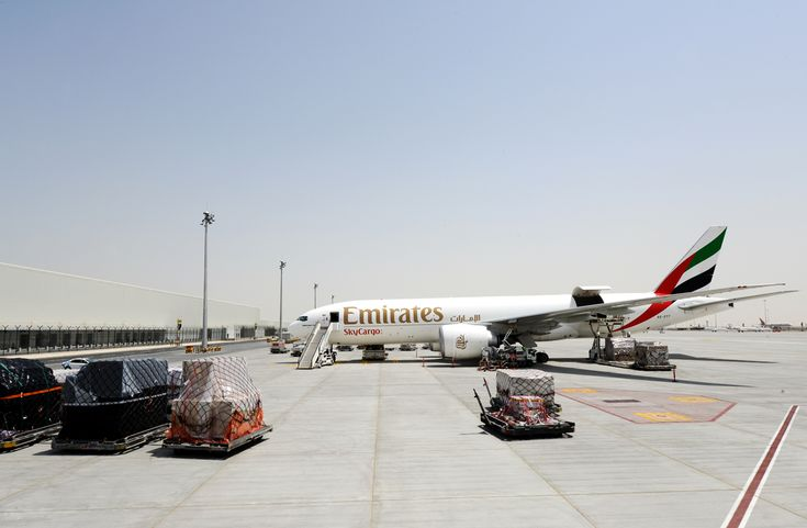 Picture 2 A Emirates SkyCargo B 777 Freighter