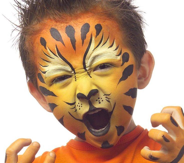 Grimtout, maquillage à l'eau, tigre rugissant, étape 4
