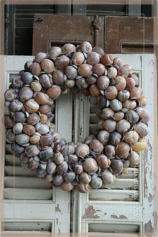 Mooie krans van schelpen op www.neyslifestyle.nl